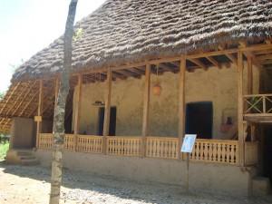 یک خانهی روستایی بازسازی شده در موزهی میراث روستایی