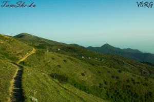 نمائی از ارتفاعات حوضه آچیرود چابکسر است با مناطق چون تمشه کوه